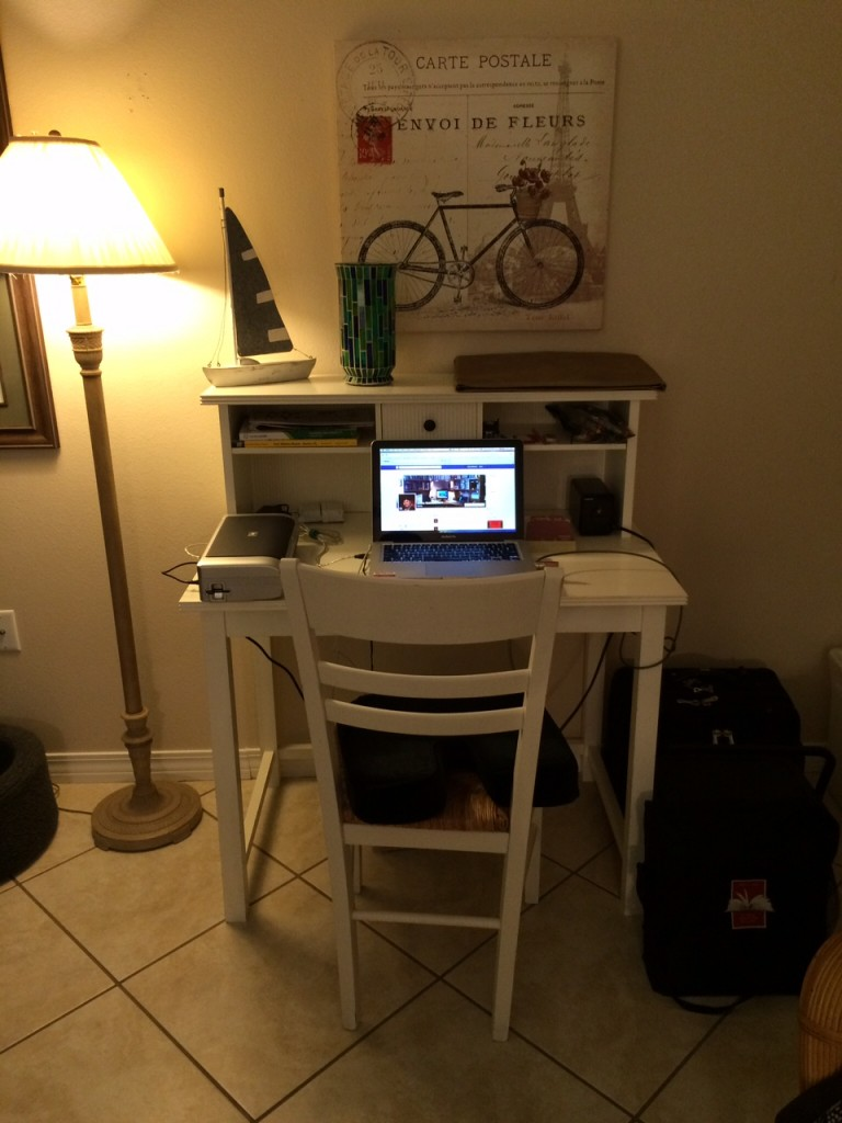 01-14-15 Vacation Desk