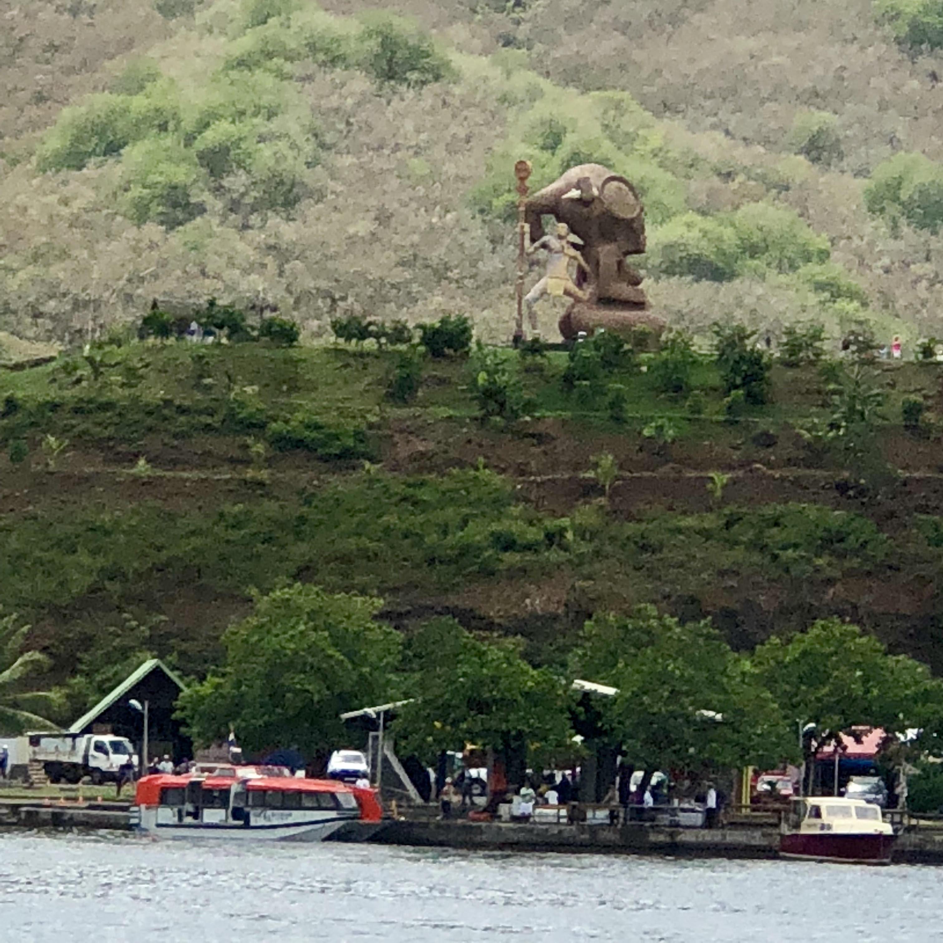 Nuku Hiva Statue